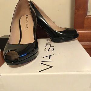 Via Spiga black peep toe pumps size 6